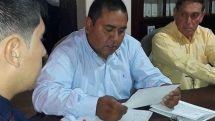 Heber Flores, el secretario legislativo despedido.